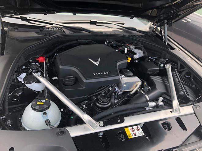 Bảng giá xe VinFast Lux A2.0 lăn bánh tháng 10/2020 - 9